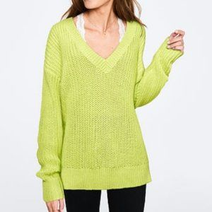 NWT VS Pink Cable Knit V Neck Neon Green Sweater L